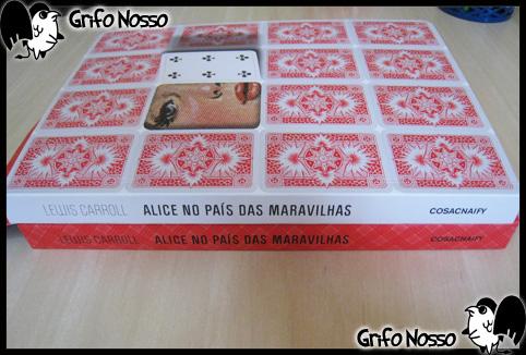 Laterais da caixa e livro Alice no país das maravilhas - edição especial