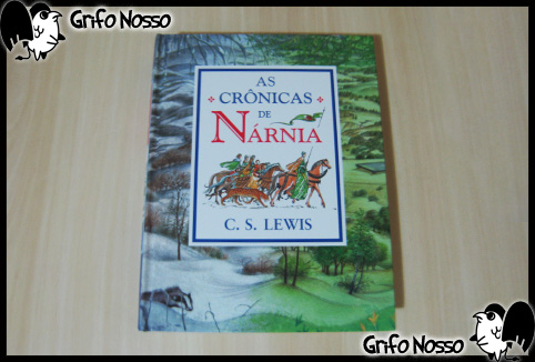 "Capa do Livro ""As Cronicas de Narnia"""