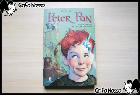 """Capa do livro """"Peter Pan"""" da Salamandra"""